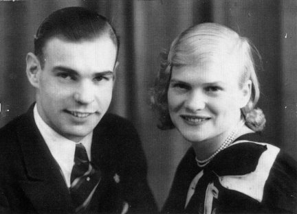 Frederic James Domville (b 1911) and his wife Ruth