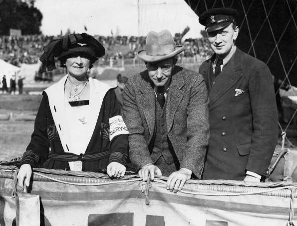 photograph: Mrs. John Dunville, Colonel John Dunville and Bobby Dunville at Solbosch, Brussels, September 1923