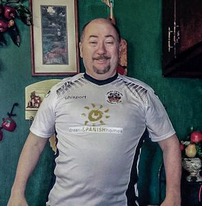Thomas S Dunville and the Lisburn Distillery Football Club shirt